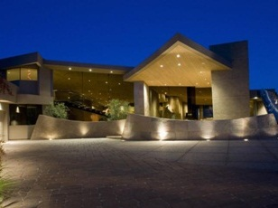 Outdoor Lighting Can Beautify Your Home's Exterior