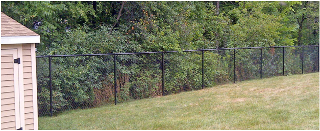 Advantages of Chain-Link Fencing For the Homeowner