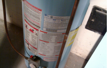 Leaking Water Heaters Can Lead To a Range Of Problems