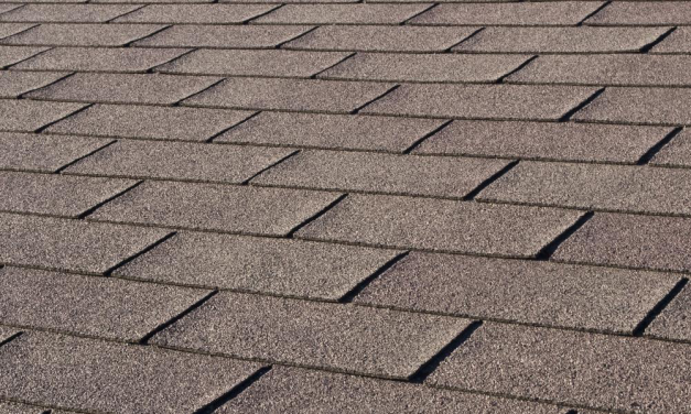 A Basic Guide to Installing an Asphalt Shingle Roof