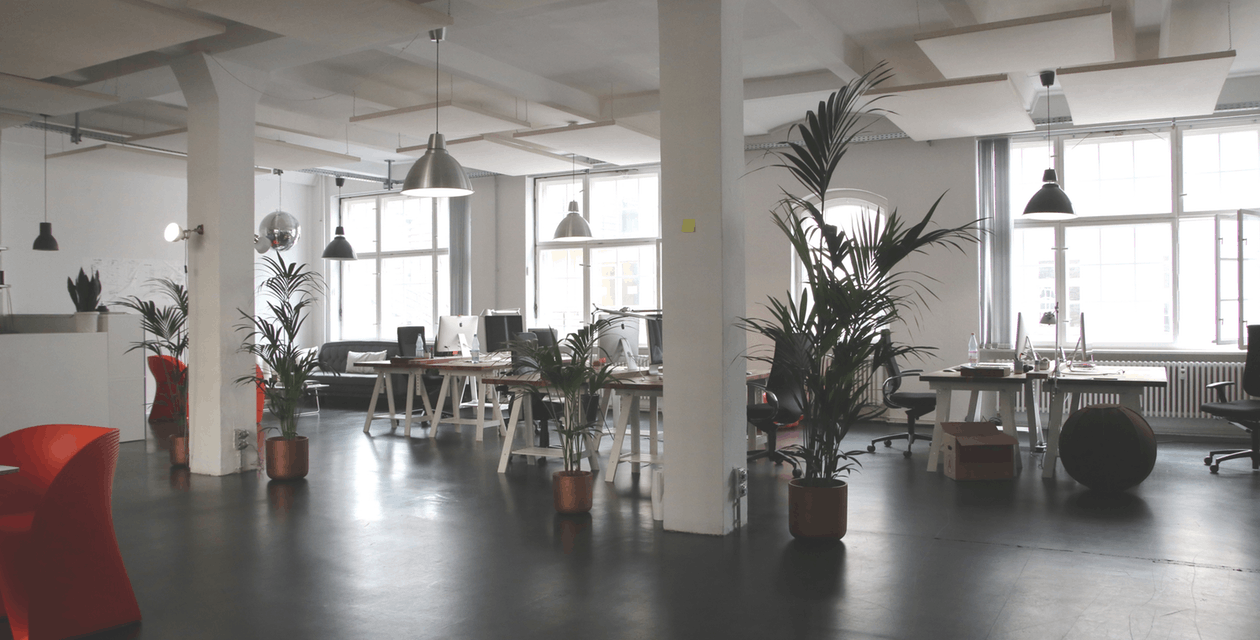 Commercial Cleaning: Should I Employ or Outsource Cleaning Professionals?