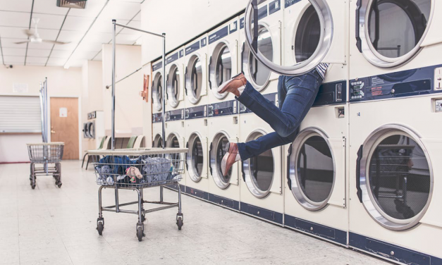 3 Signs Its Time for a Washing Machine Check-Up