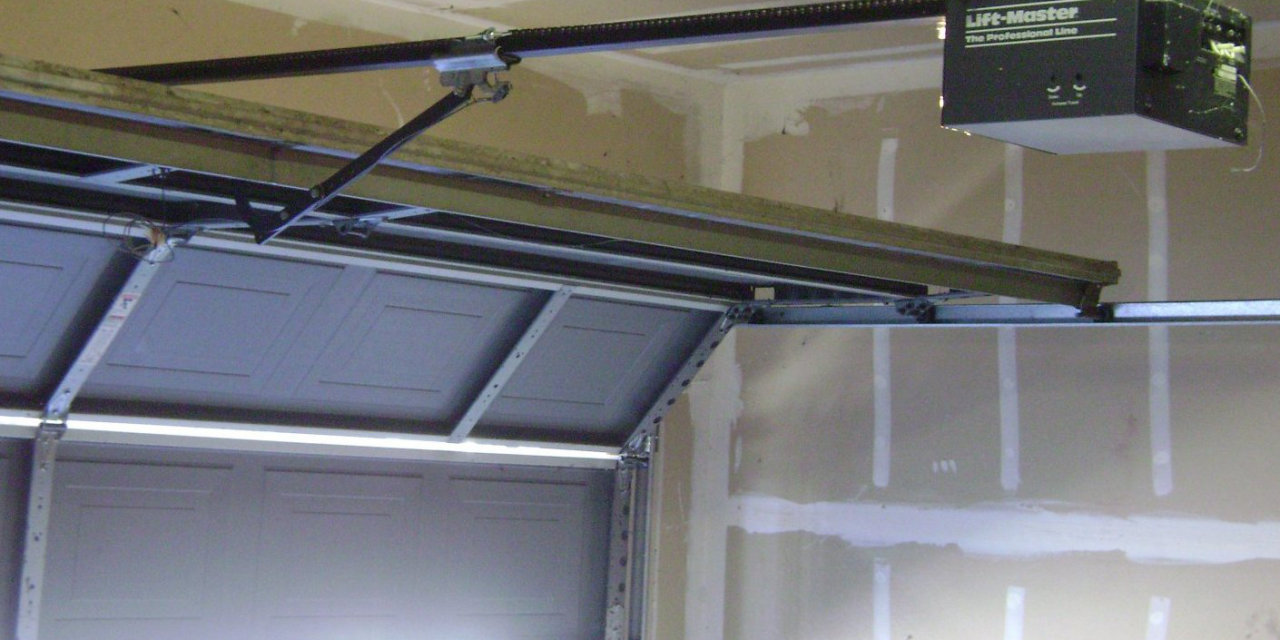 5 Signs Your Garage Door Spring is Broken