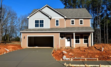 Old Homes, New Doors: How to Choose the Right Garage Door for an Old Home