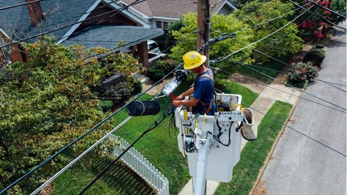 6 Reasons To Hire A Professional To Do Your Electrical Work