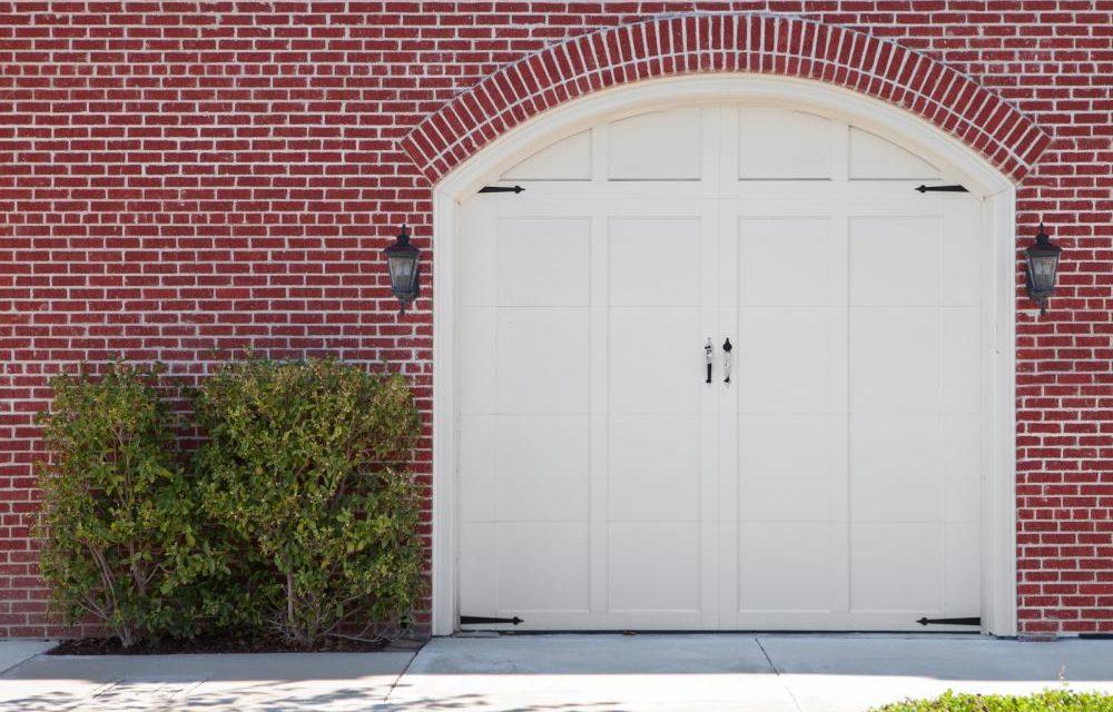 Here's How A Garage Door Impacts The Look Of Your Home