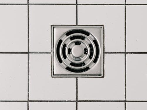 7 Factors to Consider When Choosing Professional Drain Cleaning Services