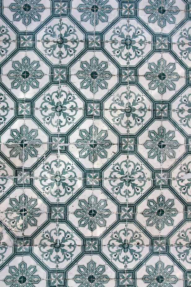Mediterranean inspired green colored tiles