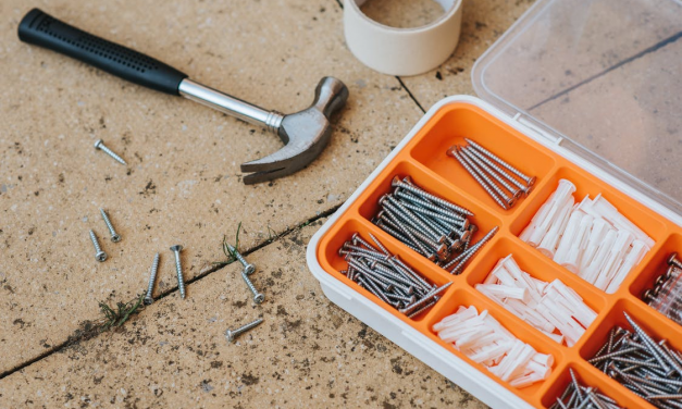 """Every Technician's Toolbox: """"3"""" Must Have Hand & Power Tools"""