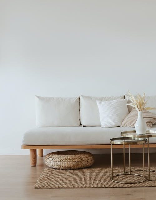 4 Things That You Can Put Up on the Walls of Your Home