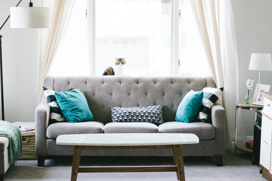 5 Easy Tips in Maintaining a Table at Home