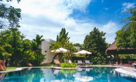 Choosing the Right Custom Pool Design: What You Need to Know