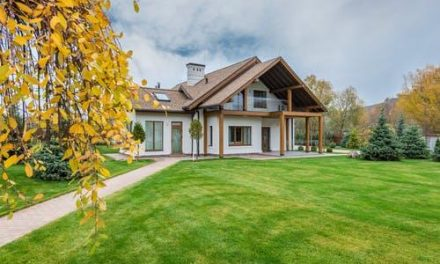 Secrets to Keeping Your Lawn Spick and Span